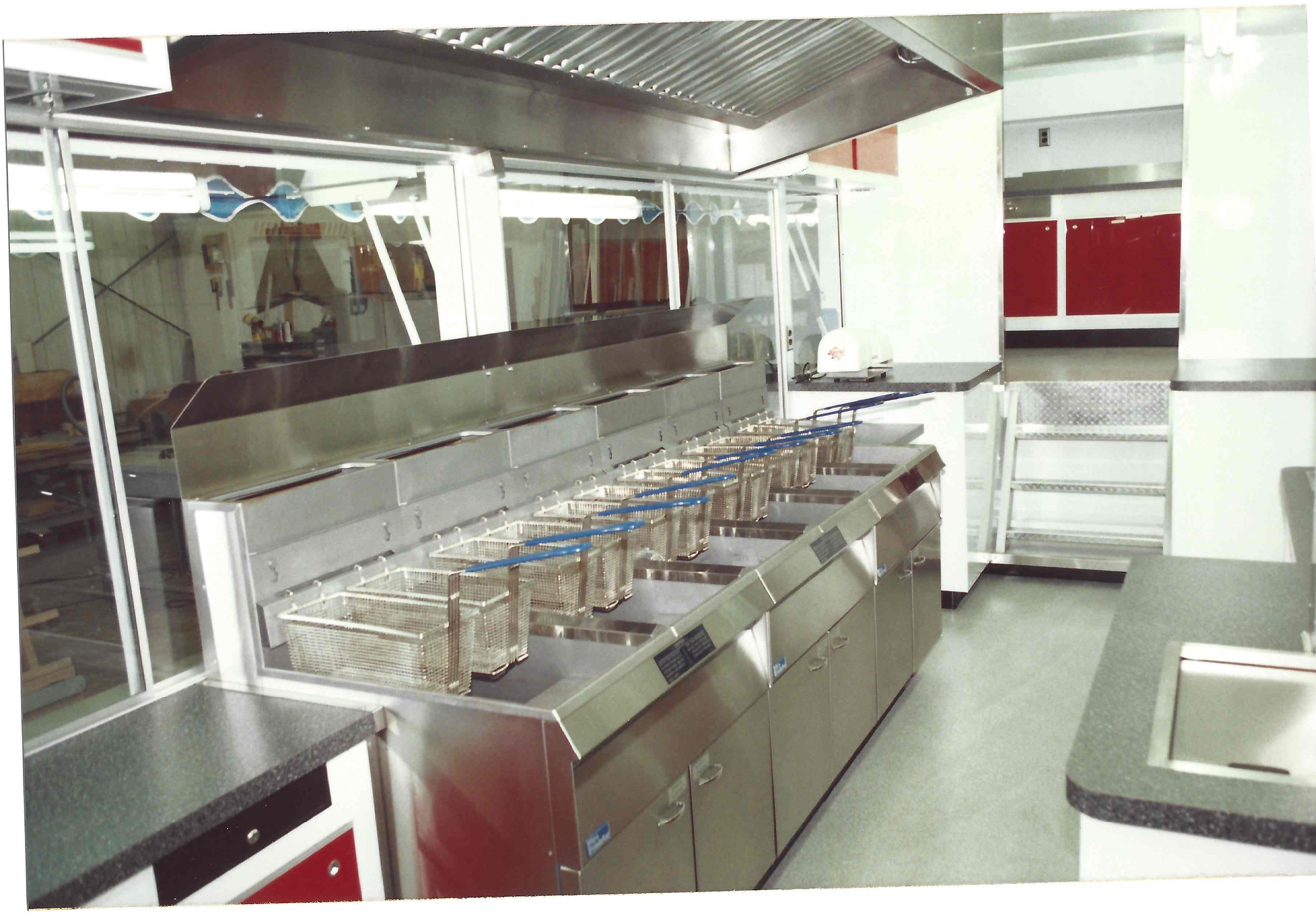 Food truck interior images galleries for Food truck interior design